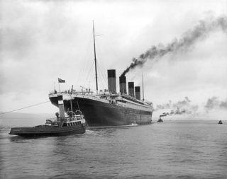 758px-RMS_Titanic_2