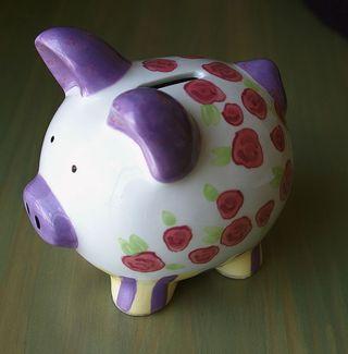 590px-Piggy_bank2