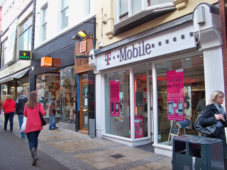 1280px-Orange_and_T.Mobile_shops_in_Leeds